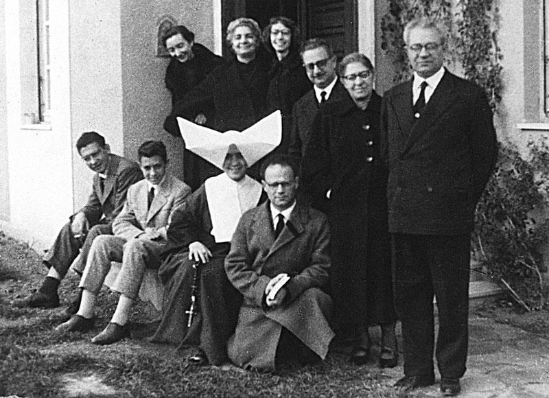 1954 - I fratelli Melis a casa di Nini e Mario a Nuoro