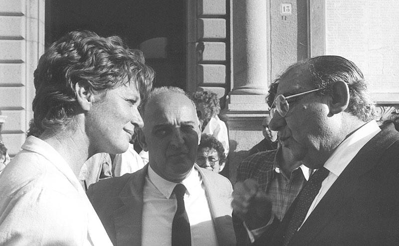 1985 - La Maddalena In compagnia dell'attrice Carla Gravina e del prof. Ignazio Delogu in occasione del Premio Franco Solinas
